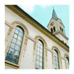 Sie steht mitten in Tuttlingen und ist ein begehrtes Ziel bei Spaziergängen – die evangelische Stadtkirche.